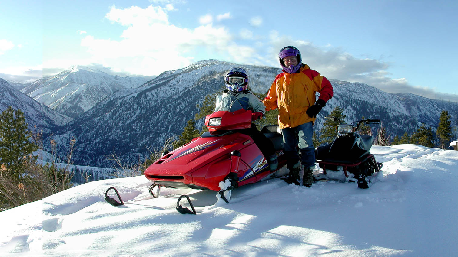 Snowmobiling in Leavenworth